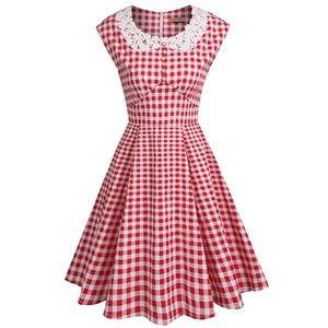 Dresses & Skirts - Gingham Red Retro Dress